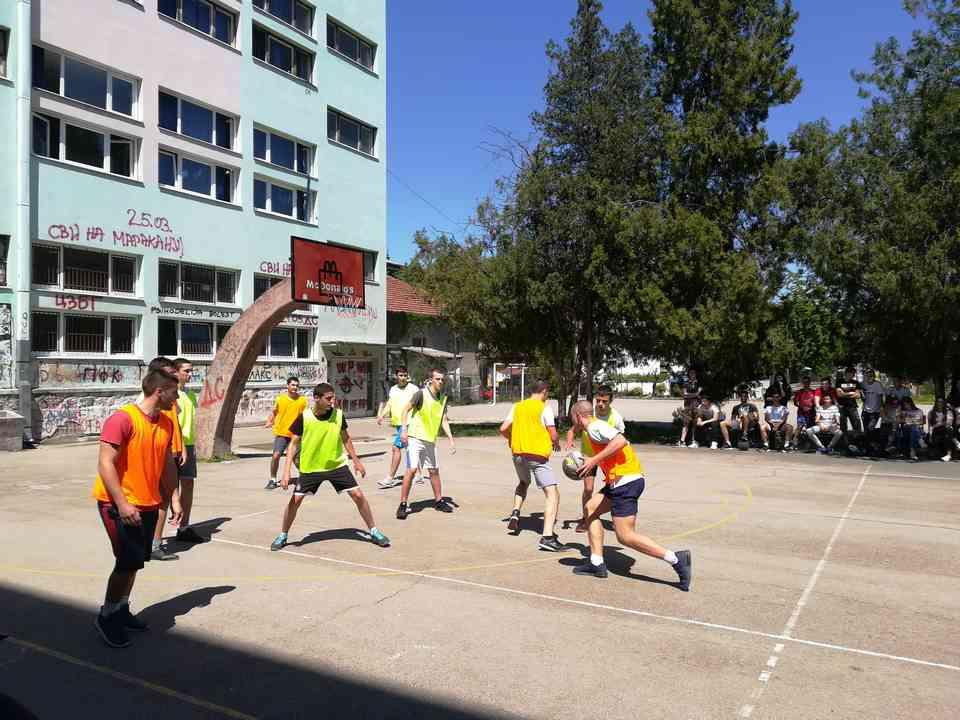 Кошаркашки турнир одељења јагодинске гимназије школске 2017-18. године - слика 3