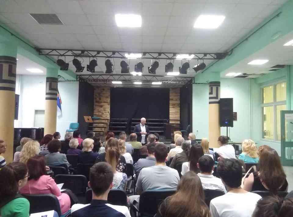 Veče solo pevanja učenika jagodinske gimnazije i muzičke škole Vladimir Đorđević iz Jagodine - slika 5