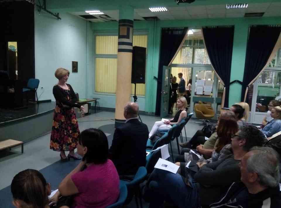 Veče solo pevanja učenika jagodinske gimnazije i muzičke škole Vladimir Đorđević iz Jagodine - slika 7