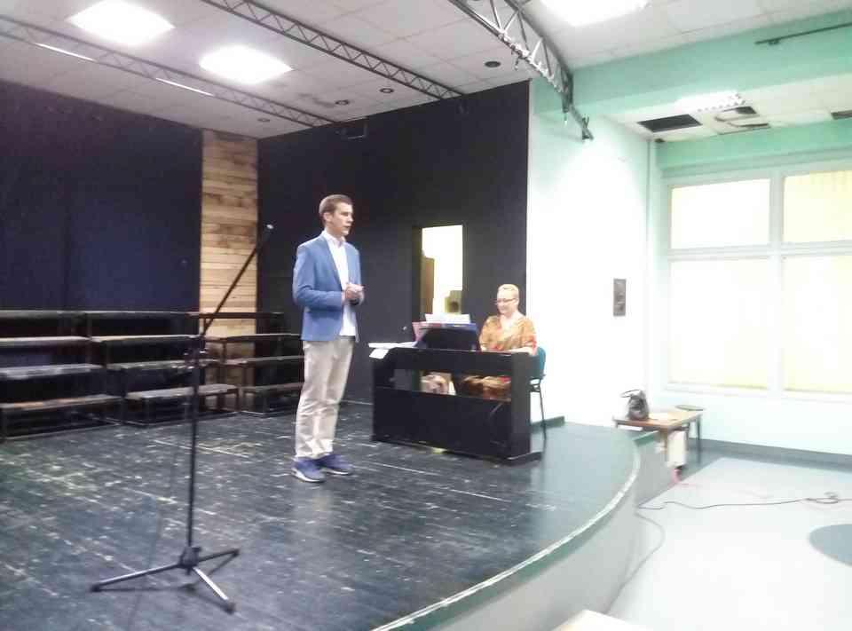 Veče solo pevanja učenika jagodinske gimnazije i muzičke škole Vladimir Đorđević iz Jagodine - slika 14
