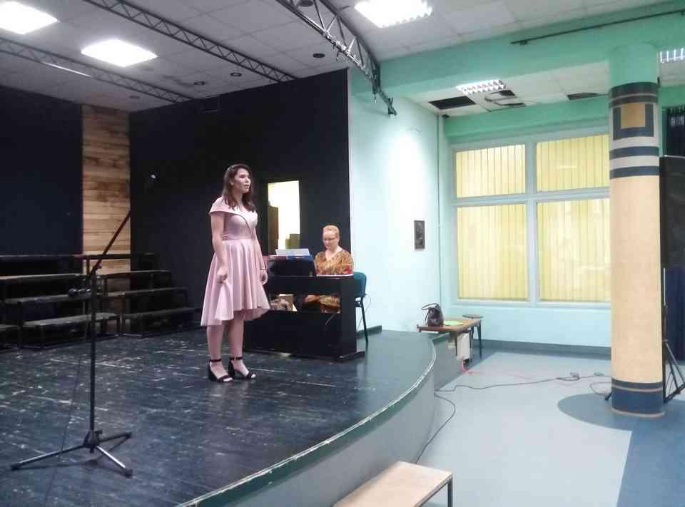 Veče solo pevanja učenika jagodinske gimnazije i muzičke škole Vladimir Đorđević iz Jagodine - slika 15