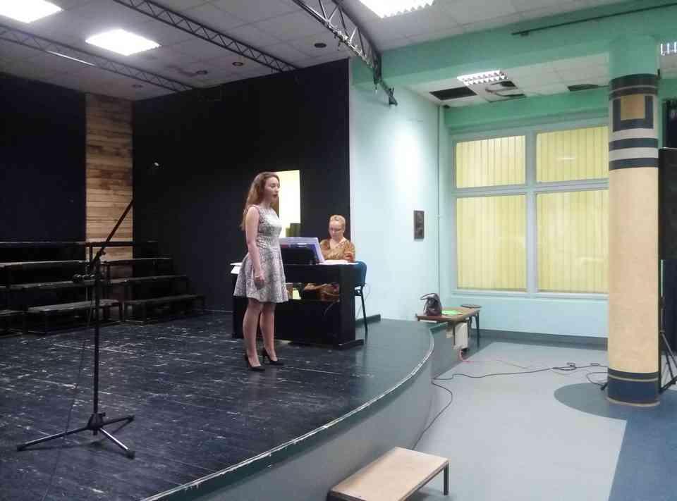 Veče solo pevanja učenika jagodinske gimnazije i muzičke škole Vladimir Đorđević iz Jagodine - slika 20