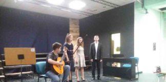 Veče solo pevanja učenika jagodinske gimnazije i muzičke škole Vladimir Đorđević iz Jagodine - slika 31