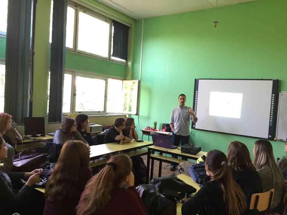 Гоставање професора Хесуса Гонсалеса Переза (Jesús González Pérez) из школе Местер (Mester) из Саламанке - сл. 1